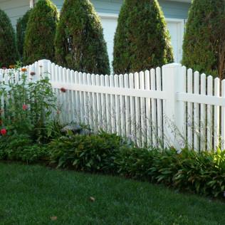 Avondale Vinyl Picket Fence